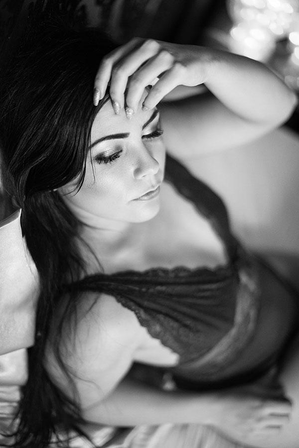 Boudoir en Noir et blanc avec Gabrielle Chateau