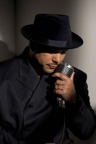 Howard Hewett<br>formerly of Shalamar™<br><i> Make That Move</i>