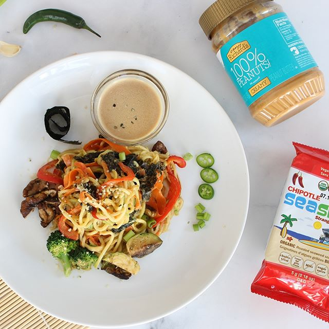 Oh haiii, Monday. Is that you? Apparently so.  Well if you're looking for some creative culinary inspo here is a recipe I created for work! Introducing this... Peanut Thai sauce with smoky chipotle seaweed strips, oodles of gluten-free carrot and zucchini noodles and roasted veggies... 🥦 #winning👌🏼. 🥜  I personally do not consume peanuts (or most nuts) but this recipe would be easy to switch over to an almond or sunbutter if that suits your lifestyle better. 🥜  Check out this #plantbased #vegan recipe PLUS a little giveaway over on the @seasnax page 🤭. Smoky. Savory. Spicy. The perfect way to celebrate #meatlessmonday — plus, you can meal prep tons of Zoodles for the week and reuse this peanut sauce in a variety of creative ways.  Drizzle. 🤔 It. 🙂 On. 🙃 Stuff. 🙂 Happy Monday!!! 😉