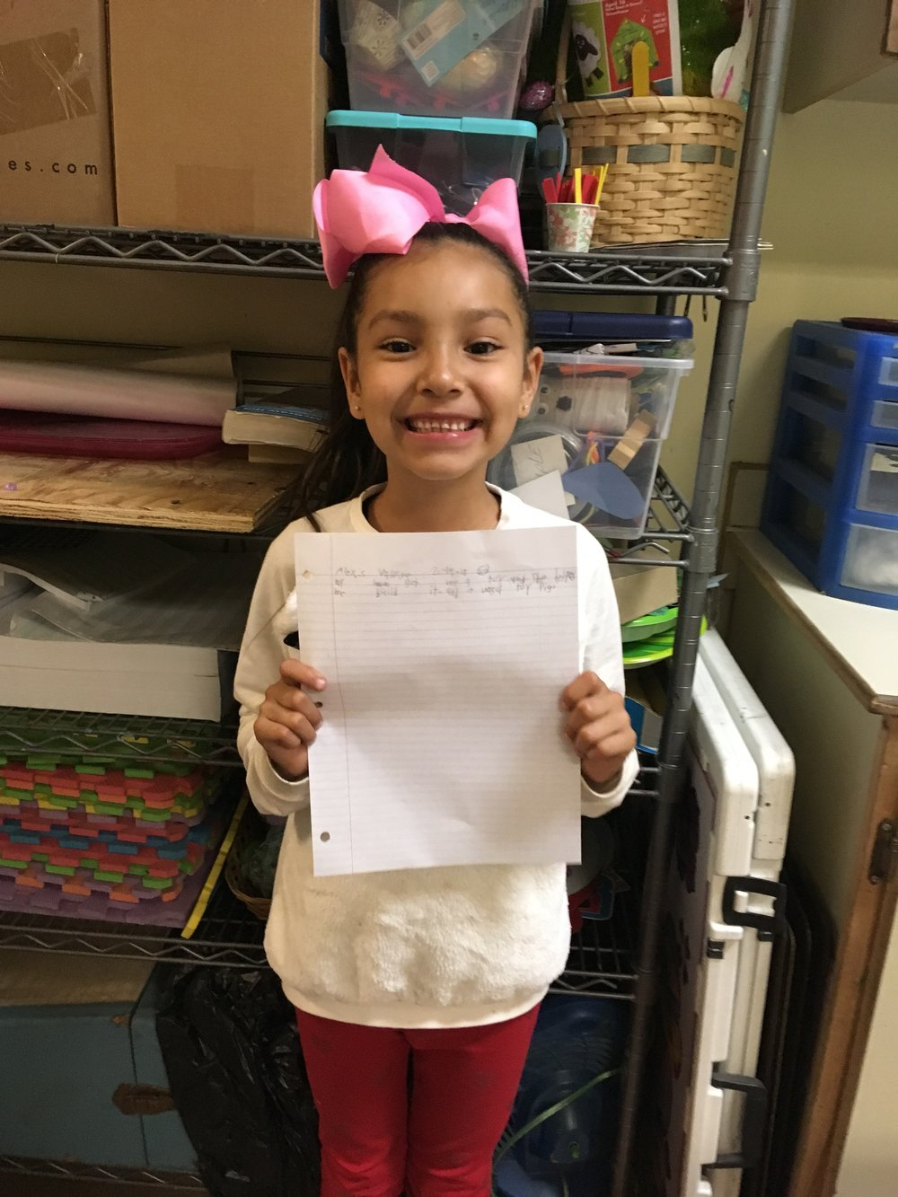 Alexis is 7 years old and loves making stories.