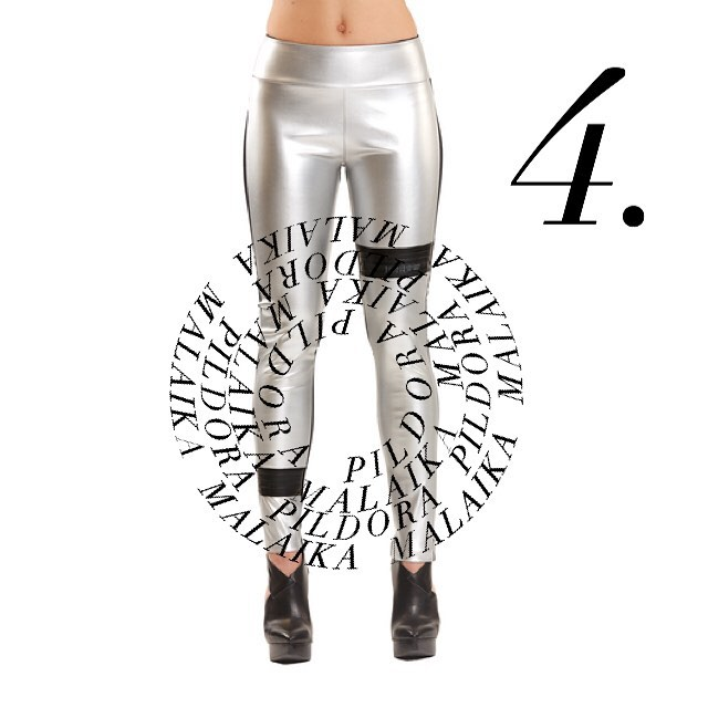❄️Pildora's Sustainable Gift Guide❄️ These silver vegan leggings with up-cycled tire details by @malaika_new_york are perfect for the dance parties this holiday season! Available at malaikanewyork.com . . . . . #malaika#futurebymalaika#sustainablefashion#ethicalfashion#fashionability#pildoraevents#pildoranyc#zerowaste#modernluxury#sustainabledesigner#fashion#disruption#nyc#sustainabledesigner#sustainablegifts#giftguide#happyholidays#leggings#slowfashion#upcycling