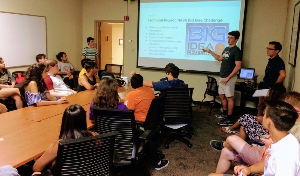 2017 Technical Director Rusty Philley recruits members for the NASA Big Idea Challenge