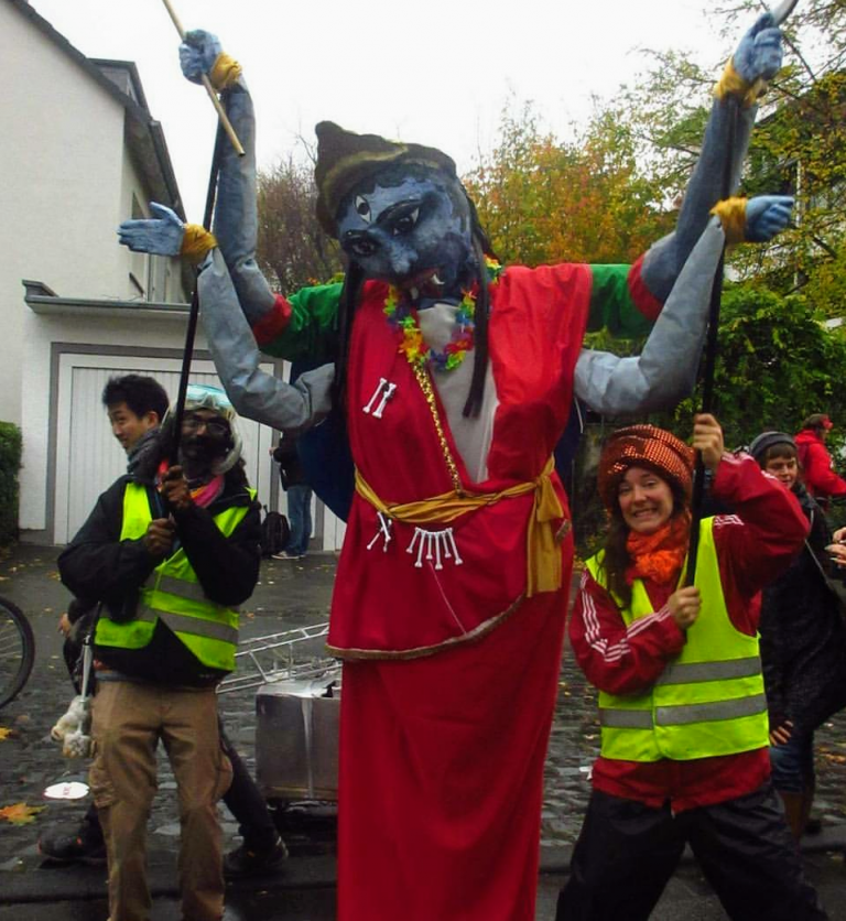 Amalen built a massive puppet of the Kali, the Hindu Goddess of Death & New Life for the Climate March. The Goddess demonstrated a strong woman beating back the greedy capitalist destroying the world.