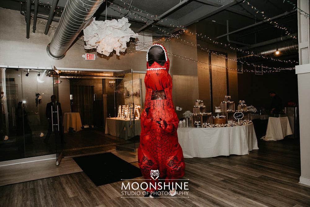 moonshinestudio2430.jpg