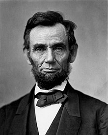 Lincoln Headshot.jpg