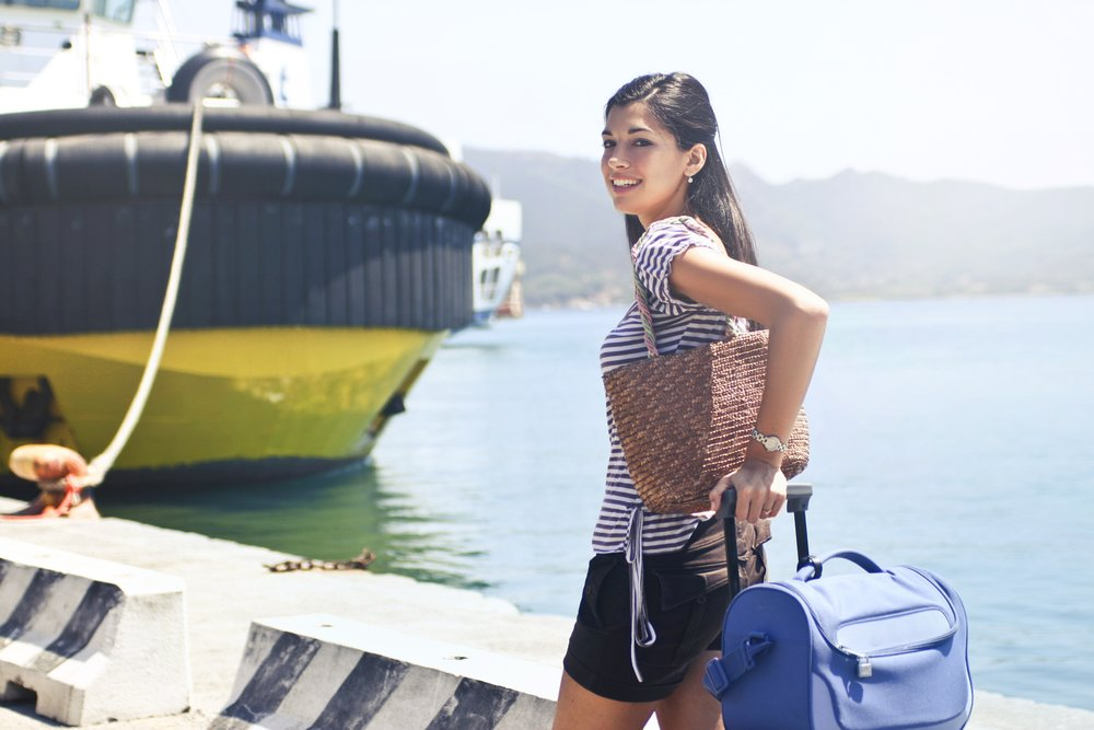 cruise-departure-fashion-1023583.jpg