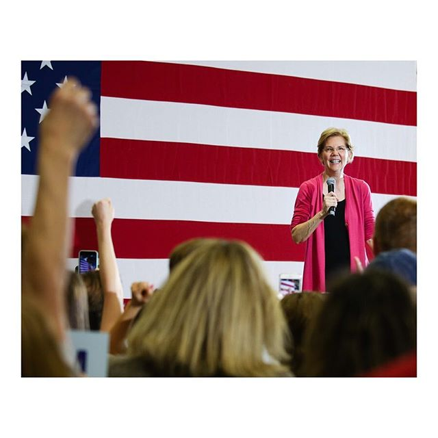 A few frames from U.S. Senator and Democratic presidential hopeful @elizabethwarren's campaign event at Central Gwinnett High School yesterday. Just shooting for myself. Lawrenceville, Georgia. February 16, 2019. #elizabethwarren #campaign2020 #politics #campaign #election #senator #presidentialelection #election2020
