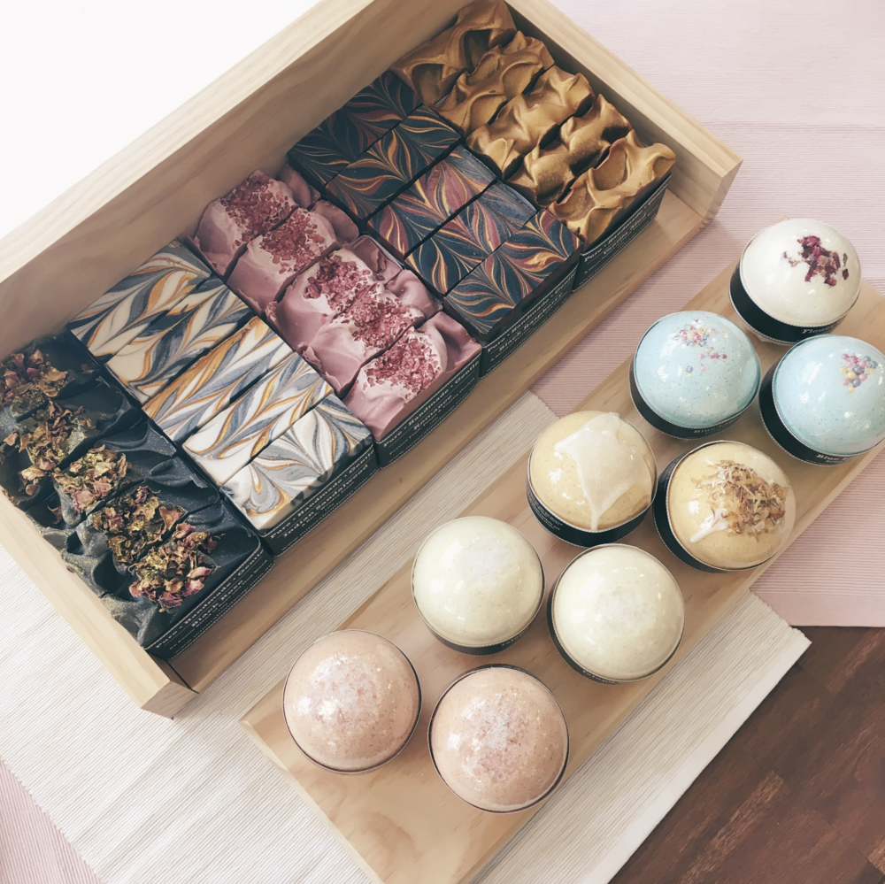 A selection of Soaps & Butter bombs.