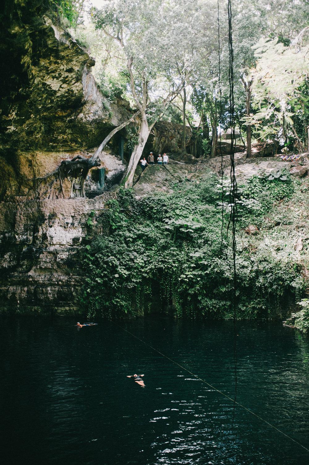 007_Anne Hollowday_Cenote Zaci_3.jpg