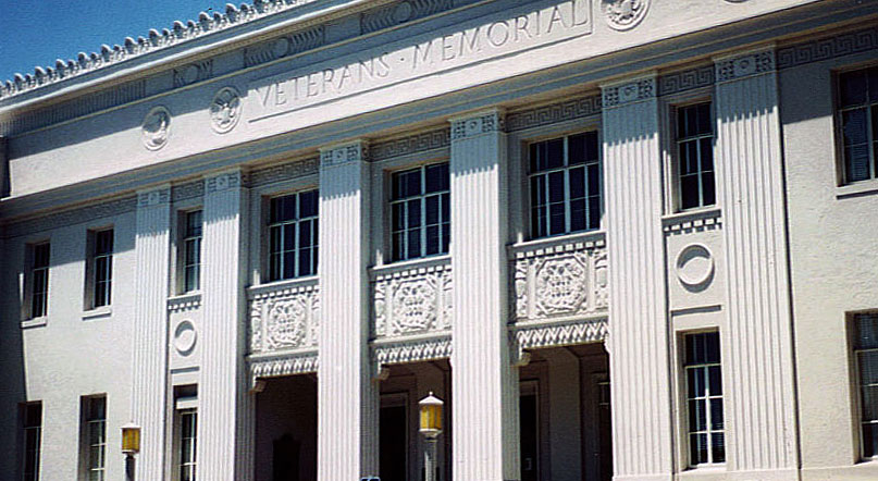 14 Berkeley Veterans Memorial Building.jpg