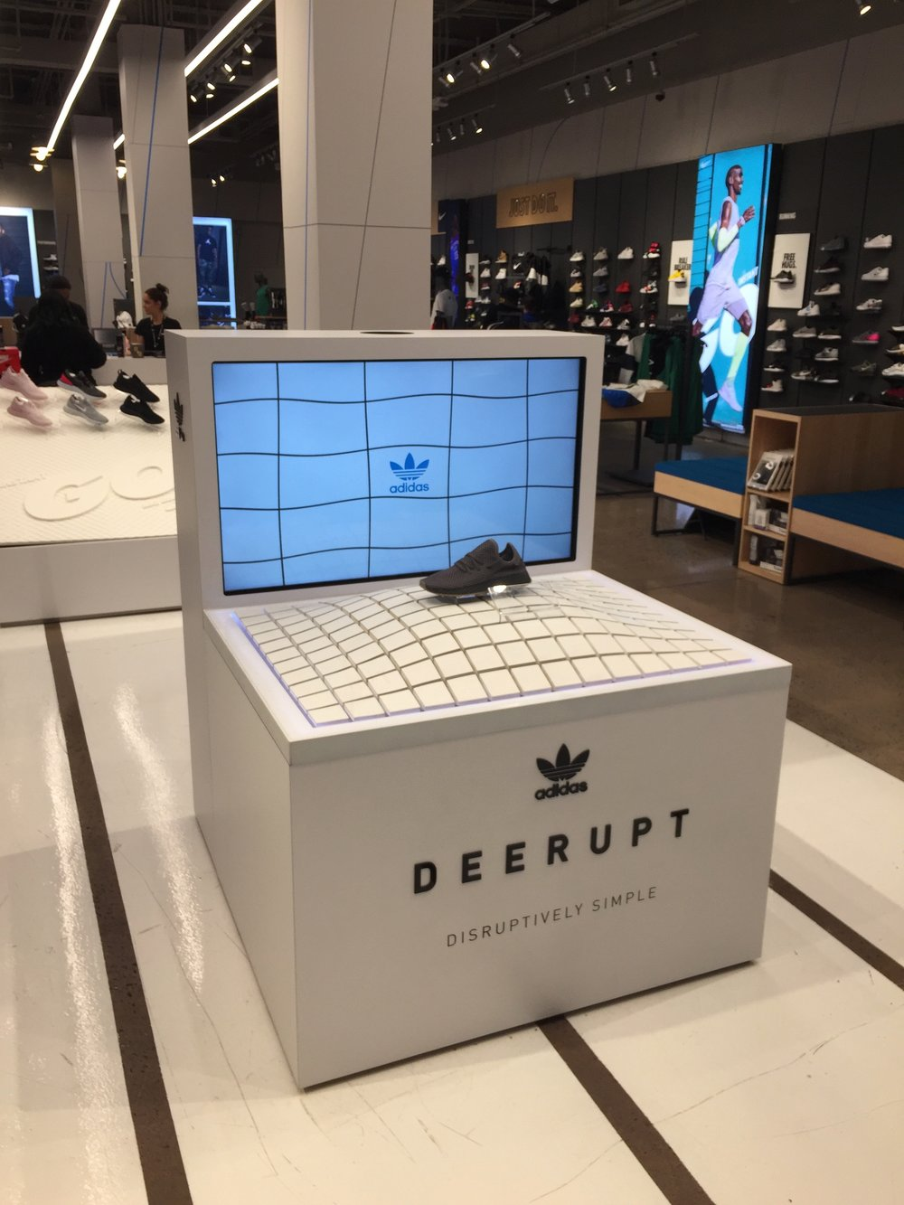 Interactive and Portable Retail Shoe Display