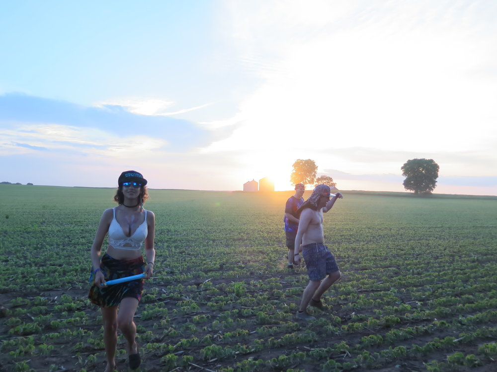 Dancing in the crops to Phil Less