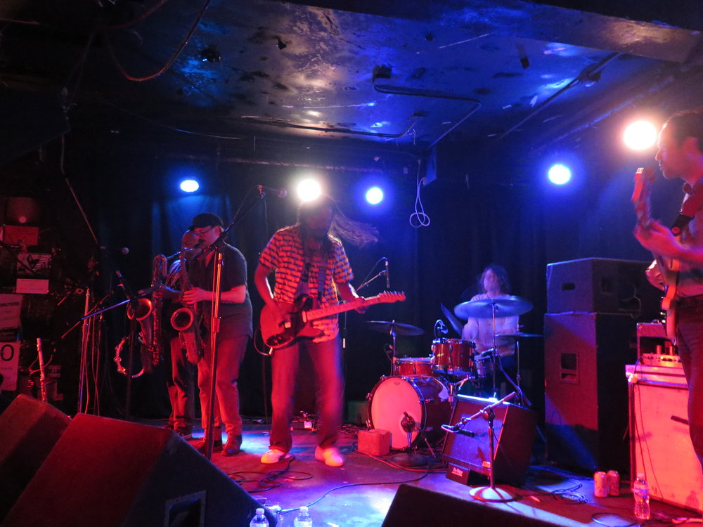 black joe lewis and the honeybears 4.JPG