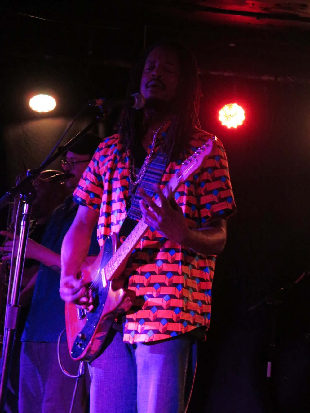 black joe lewis and the honeybears 2.JPG