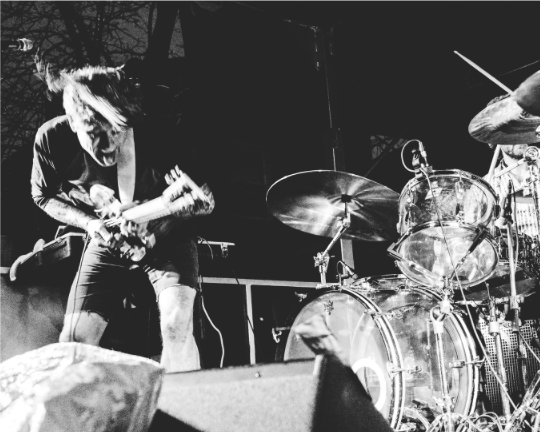 Thee Oh Sees - Music Frozen Dancing - The Empty BottleFeburary 17thIssue #0.6The whole Music Frozen Dancing fest was great, per usual, but Thee Oh Sees were unbelievable. Two drummers beating the everloving shit out of their skins, John Dwyer furiously coercing every possible sound out of his guitar while yelping and chirping at a crowd so amped on the band's energy that the barrier was pushed over on me while taking pictures. All while freezing my fucking ass off. This was the show that connected my hobby of photography with the thrill of live music. I was in love, and if I ever forget it, I only have to look down at the scar on my leg from the aforementioned barrier.-JCBphoto: JCB