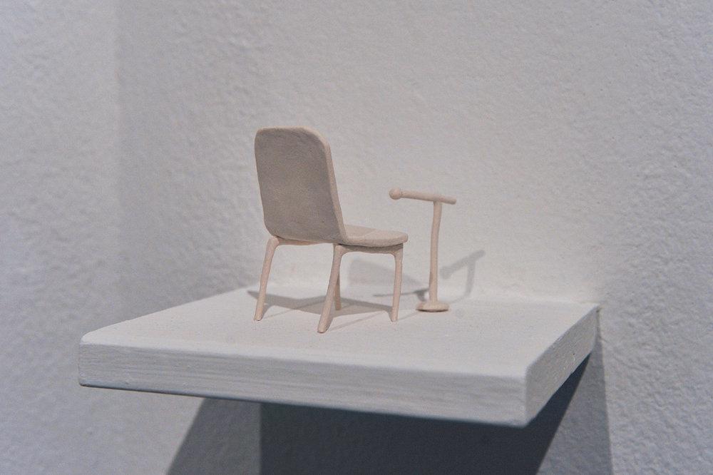 Sedia con microfono , 2016, porcelain, cm 2x4x1,5