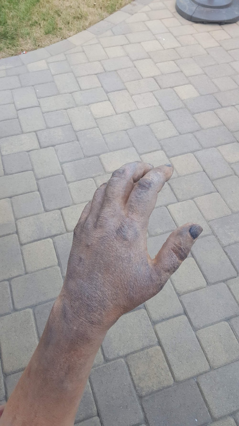 Painted hand 1.jpg