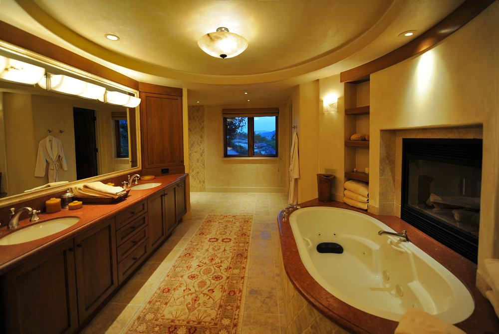 Penner_Master Bath_2270.jpg