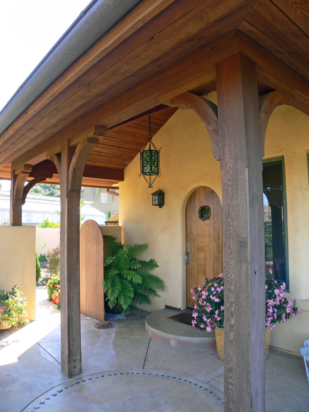 guesthouse exterior3.JPG