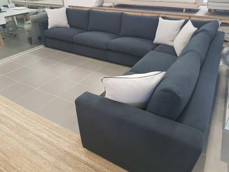 Oscar sofa range 4 Mod 385 x 300 x 95 cm