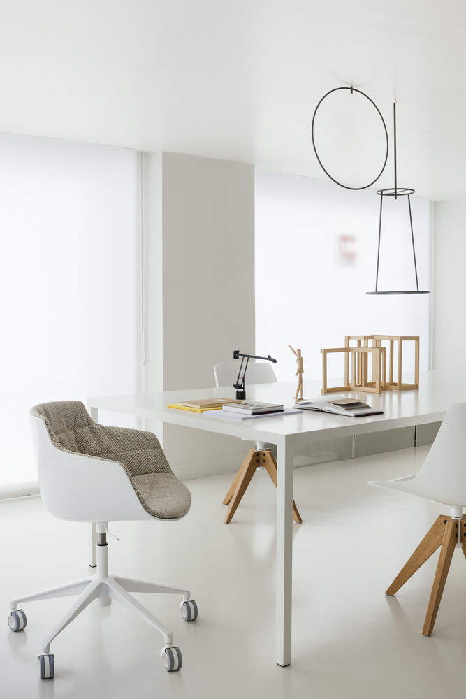 Tables & Desk -