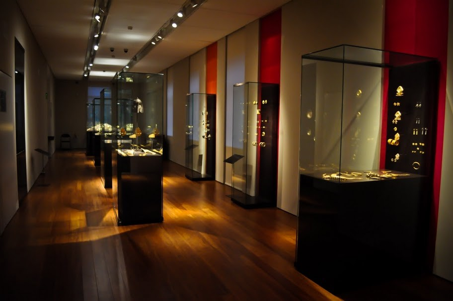 Zelnik István Muzeul de aur din Asia de Sud-Est - Sistemul electric