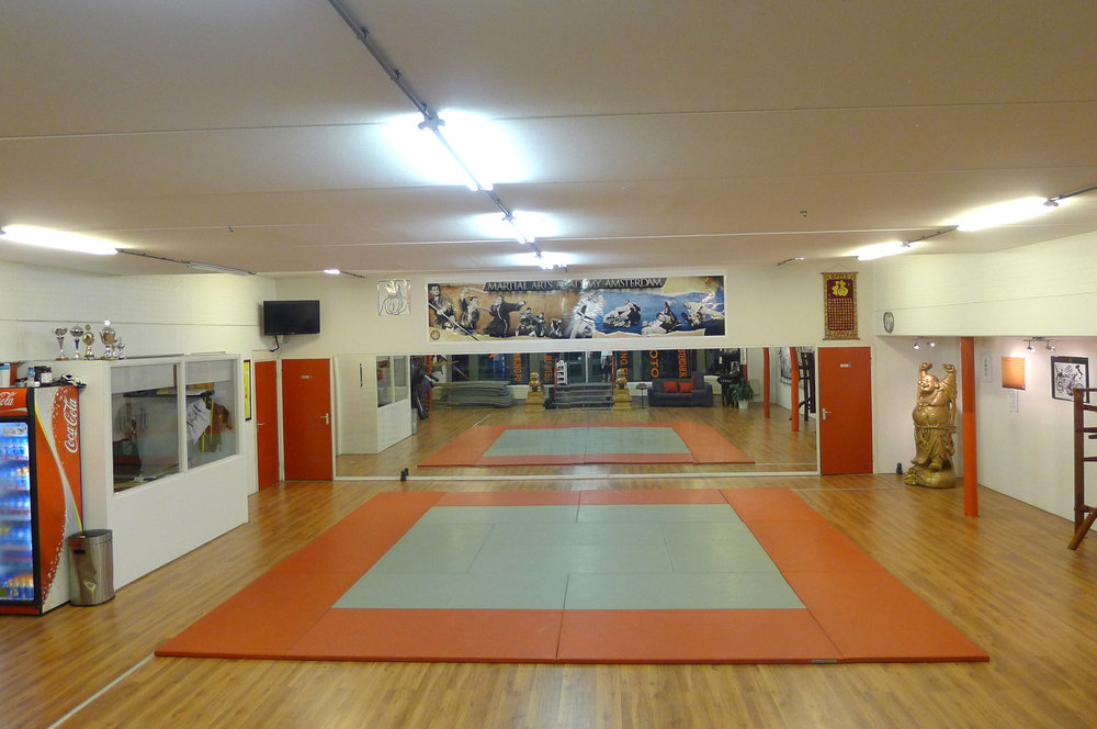 Martial-Arts-Academy-of-Amsterdam_00.jpg