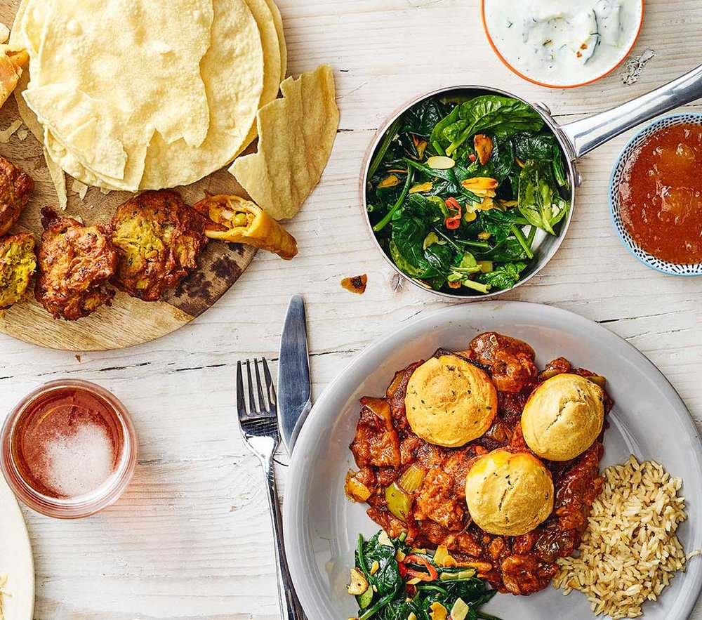 Chicken Jalfrezi and naan dumplings, prepped - EatBoxed