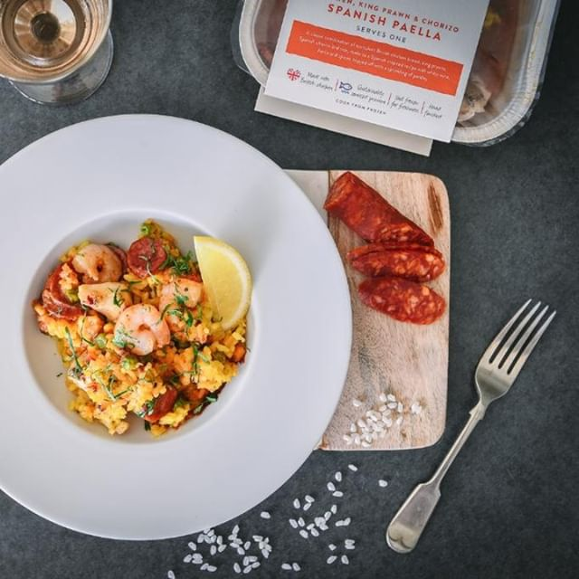 Our Paella the perfect example of land and sea working in harmony. Short grain rice infused with Spanish white wine, fish stock and a splash of lemon oil with succulent king prawns, chargrilled chicken and smokey Spanish chorizo, seasoned with an authentic mix of herbs and spices. Link in bio to shop the range . . . #EatBoxed #RethinkFrozen #New #MealForOne #paella #spain #kingprawns  #chorizo #chicken #frozenfood #food #foodstagram #foodlover #foodpic #foodies #foods #foodphoto #foodshare #foodlove #foodiegram #mealtime #mealoftheday #readymeal #readymeals  #dinner #dinnerisserved #dinnertonight #dinnerinspo #dinnergoals