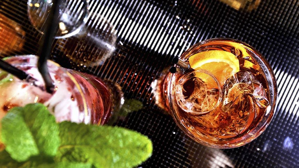 1-RUM-RUM-cocktails-vinos-thumb_02.jpg