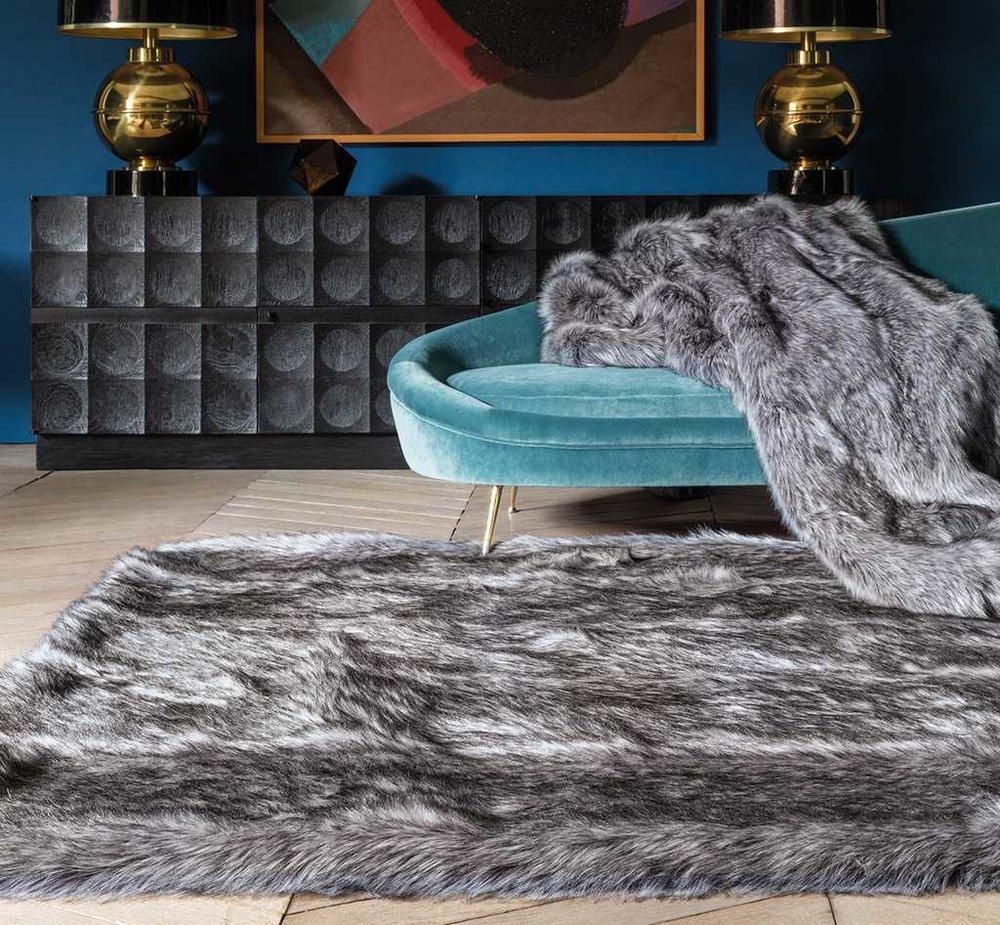 Feel Fur Throw & Anthractie rug from Modern Rugs.jpg