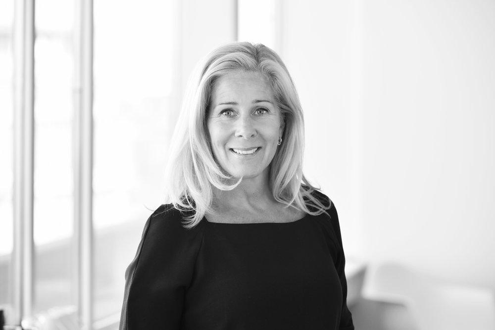 LENA HAEGER - SeniorkonsultLena har mer än 15 års erfarenhet från chefs- och specialistrekrytering. Närmast kommer Lena från K2 Search Chefsrekrytering som Senior Consultant, dessförinnan arbetade hon på SIMS Chefsrekrytering, Creative Search AB och Accord Group. Läs mer →+46 (0)70 392 37 10lena.haeger@nordicinterim.com
