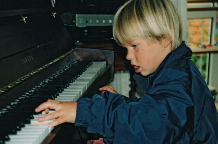 Janis+Klavier+01.jpg