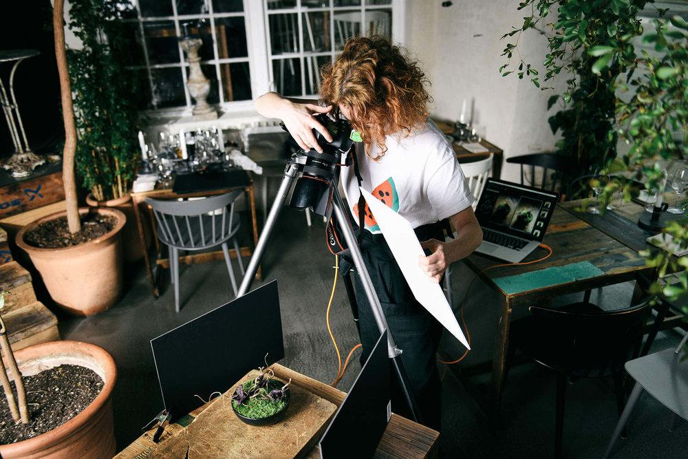 Patricia-Niven-BTS-121x1500.jpg