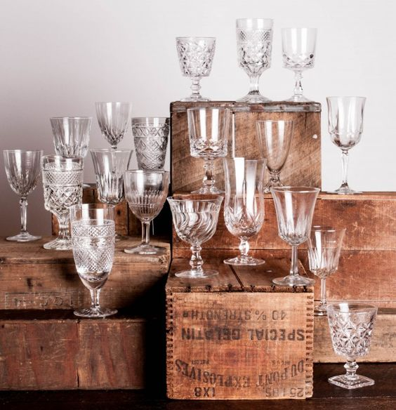 MISMATCHED CRYSTAL GLASSWARE   Price: 1.50  Quantity Available: 300