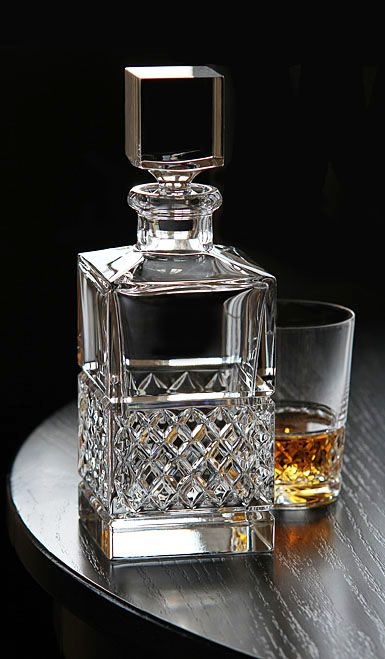 Crystal Decanter   Price: 10.00