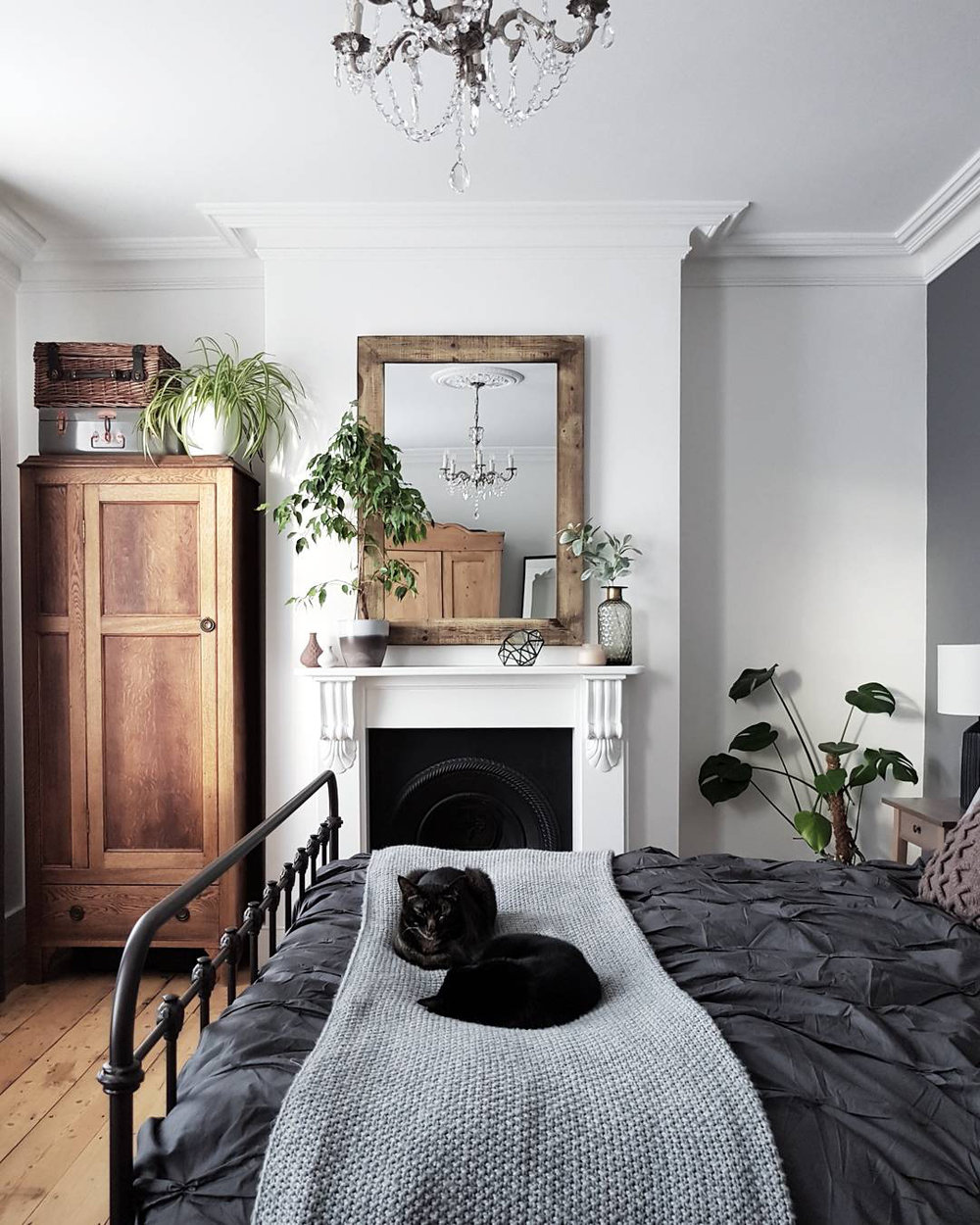modern_vintage_grey_bedroom 3.jpg