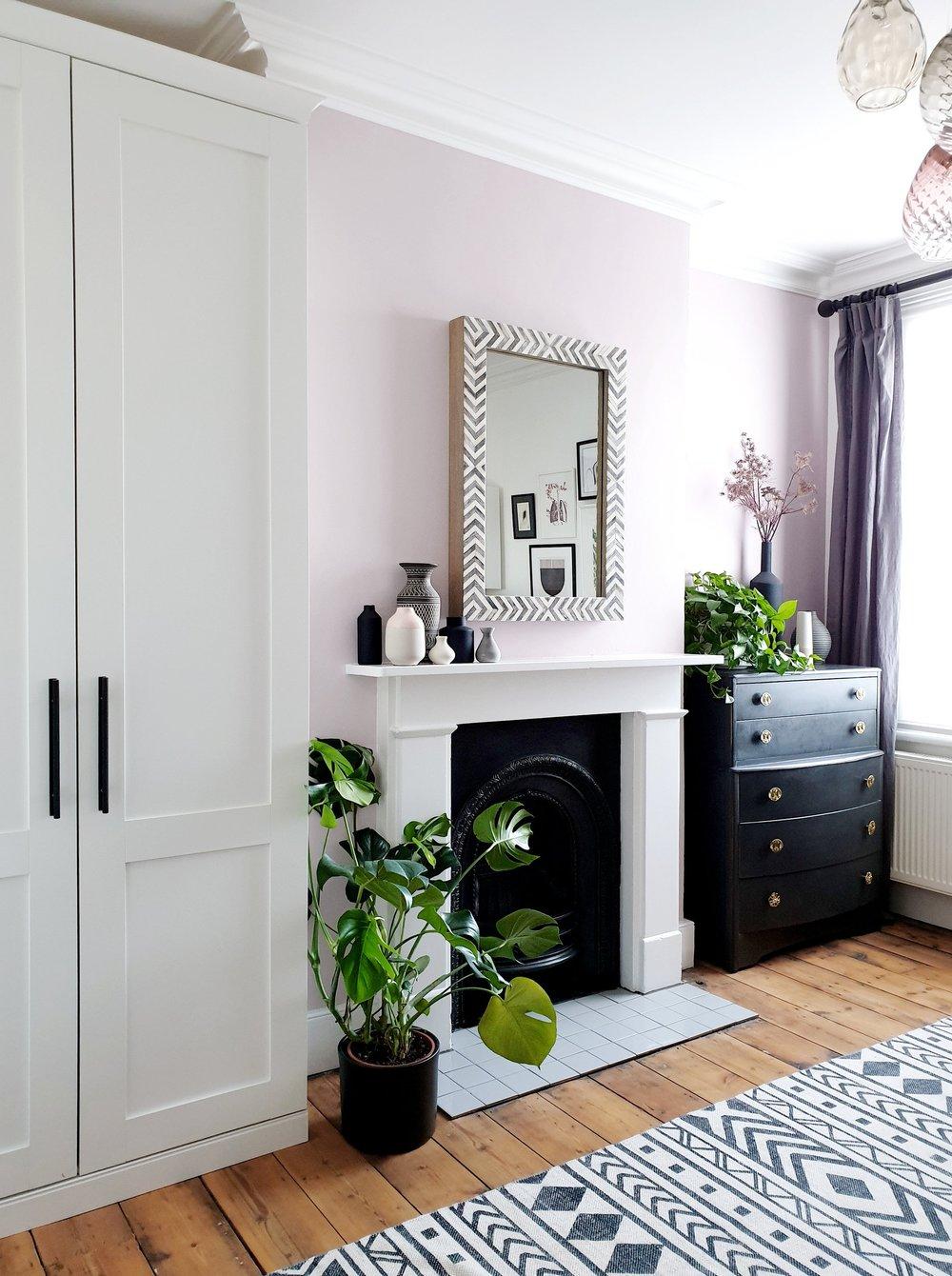 room-view-fireplace-wall.jpg