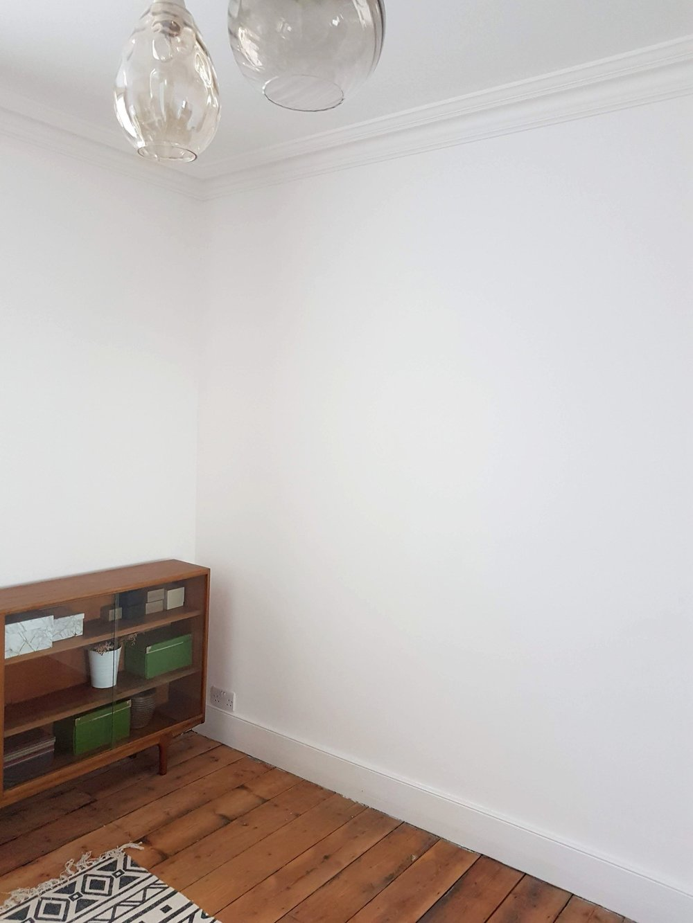 BEFORE: EMPTY WHITE WALLS