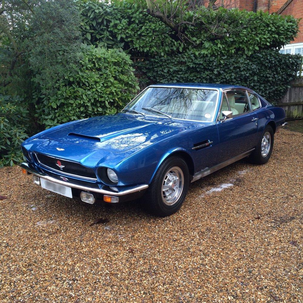 Aston Martin vantage V8 detailing