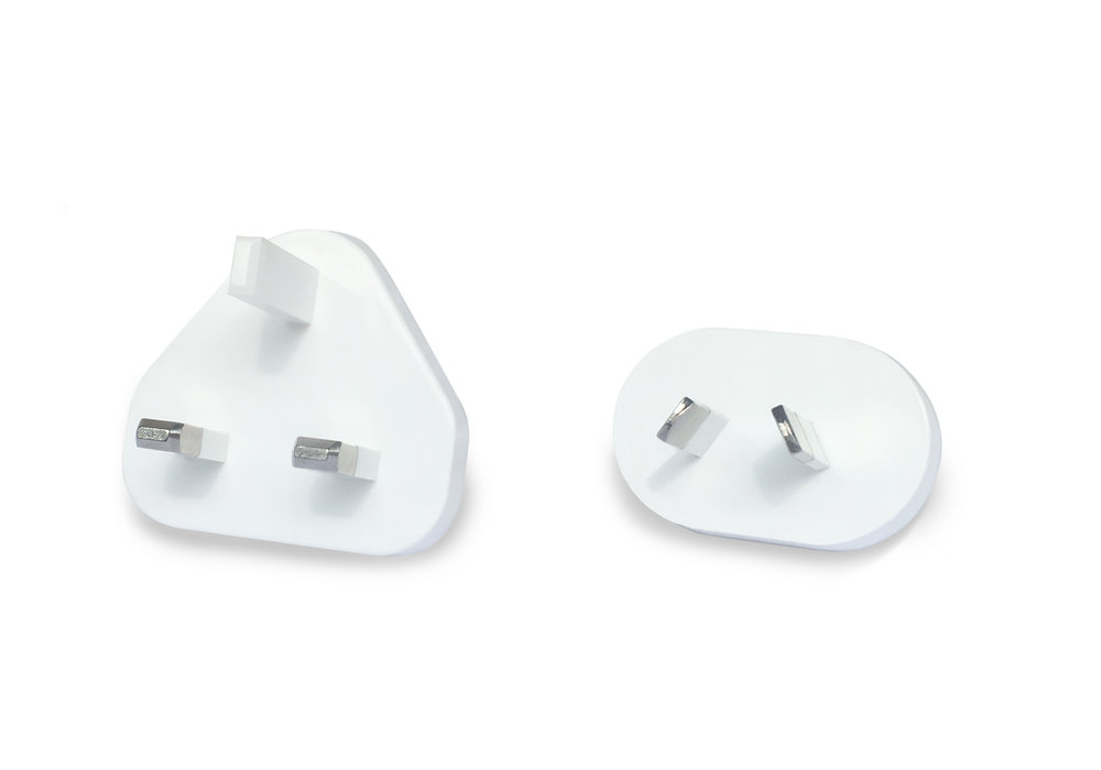 Power plugs (both).jpg