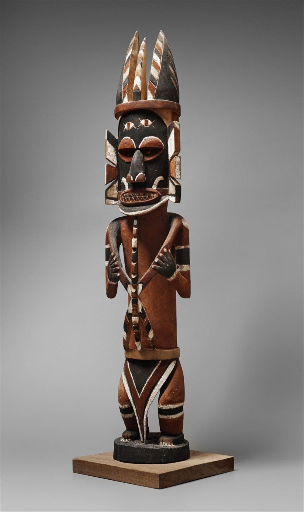 Malagan figure from New Ireland