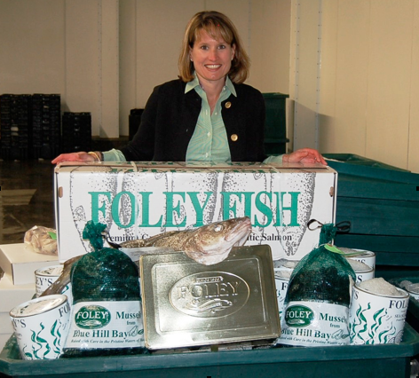 Laura Foley Ramsden (Judge)  Co-owner, Foley Fish Company, Boston MA   International Oyster Chef of the Year Judge   Laura Foley Ramsden, together with her husband Peter Ramsden, is the 4th generation co-owner of the Foley Fish Company. Foley Fish is an all natural, direct seafood processor located in Boston and New Bedford. Foley Fish, founded in 1906 by Laura's great grandfather, specializes in servicing fine dining restaurants, hotels, resorts, culinary schools, private clubs and specialty food retailers across the country. Since the early 1990s, Foley Fish has actively participated in fishery management with a Foley presence on both the National Marine Fisheries groundfish advisory panel and the highly migratory species panel. In 2011, Laura was selected by the Governor of Massachusetts to serve a three year term on the New England Fishery Management Council, one of 8 regional councils responsible for developing fishery management plans for New England species. Laura served on the NEFMC Groundfish, Scallop and Skate committees during her three year term. Laura Foley Ramsden works closely with the Foley customers and chefs to market and differentiate themselves using fresh, all natural, sustainable seafood from New England. Laura is a graduate of the University of Michigan, Ann Arbor. She and Peter and their 3 children reside in Barrington, RI. When not fishmongressing, Laura enjoys cooking, running and hiking.