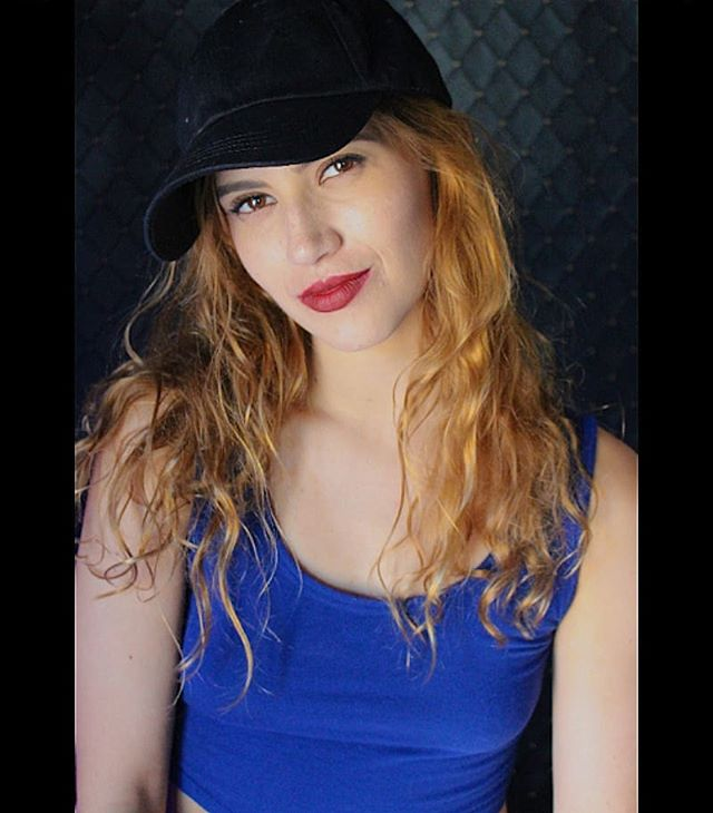 @iamjennifercortes #redhair #royalblue #model #nycactress  #famous #actress #smarty