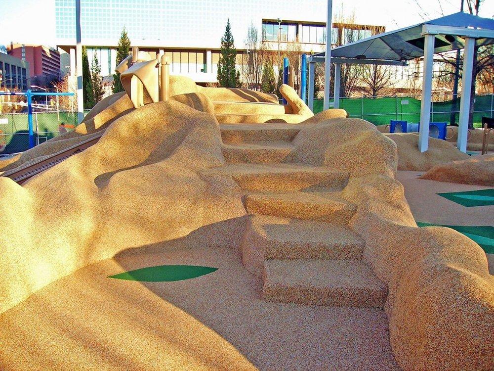 Rubber Brasil - Playground 12.jpg