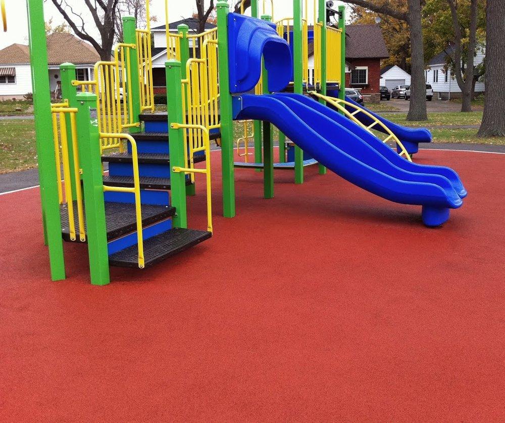 Rubber Brasil - Playground 16.jpg