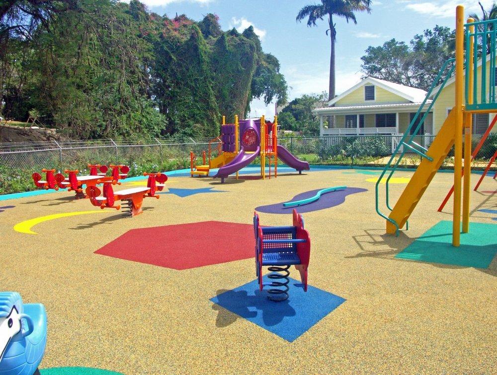 Rubber Brasil - Playground 02.jpg
