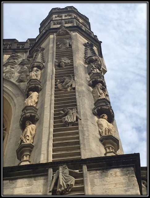 Across the plaza is the Bath Cathedral with their very clever angels using ladders to get to heaven
