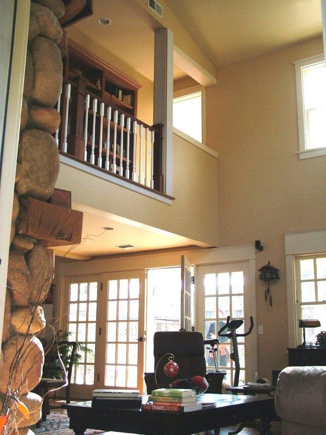 Residence in Petaluma CA Historic District