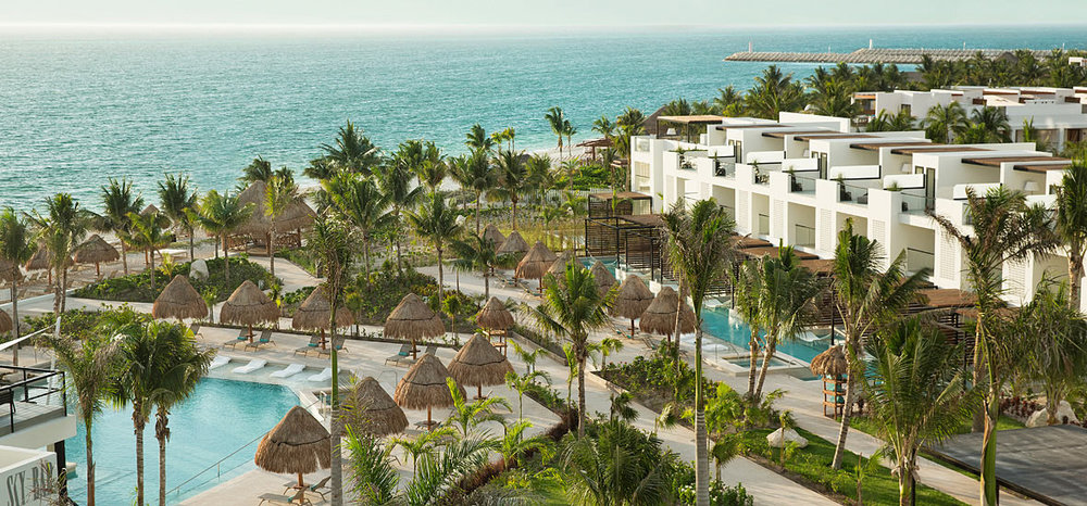 Beautiful Grounds image courtesy of the Finest Playa Mujeres